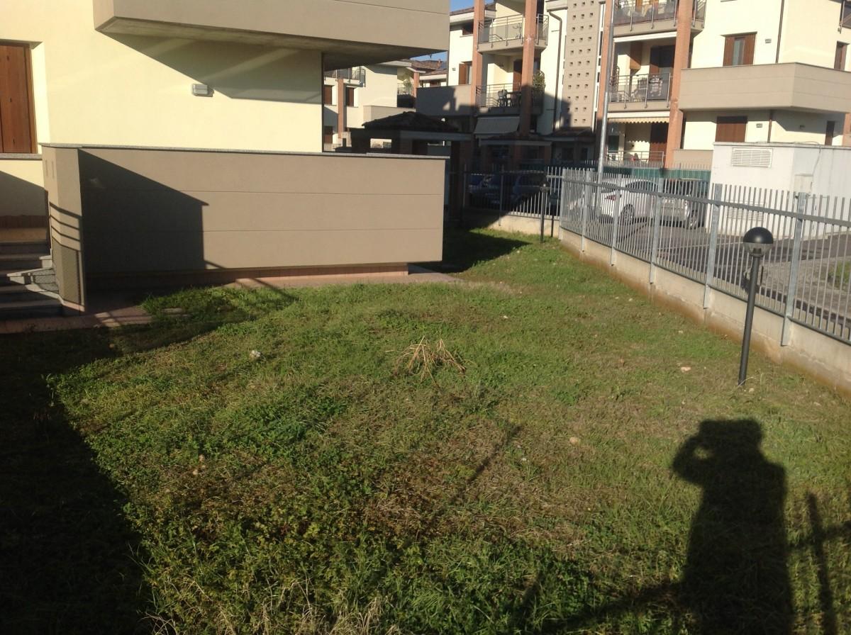1a sistemazione giardino abitazione a inzago milano - Sistemazione giardino ...