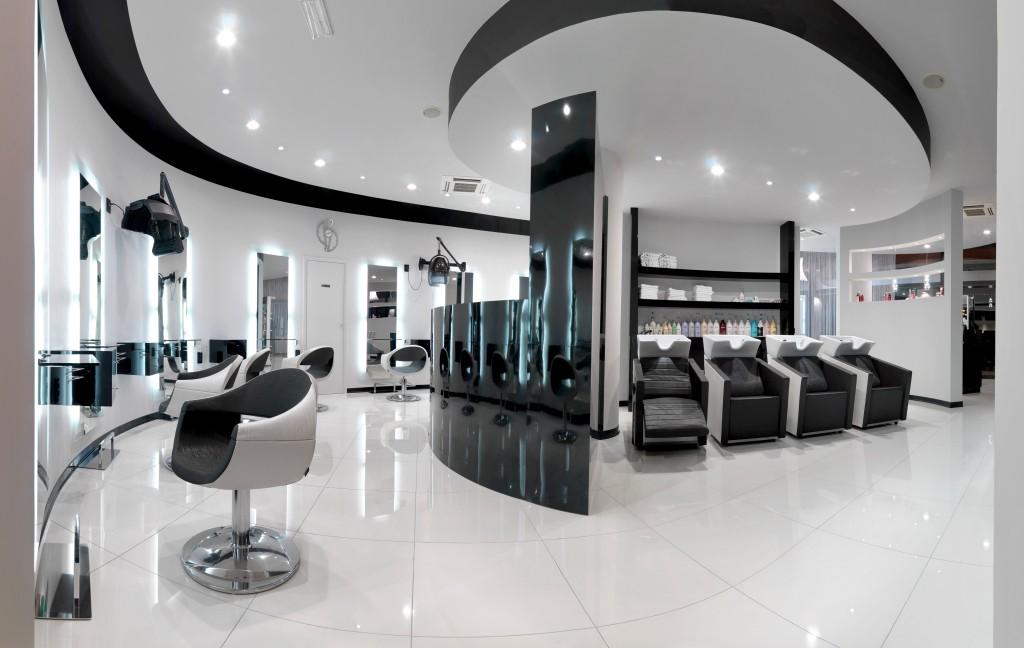Saloni parrucchieri moderni vn62 regardsdefemmes for Arredamento mestre