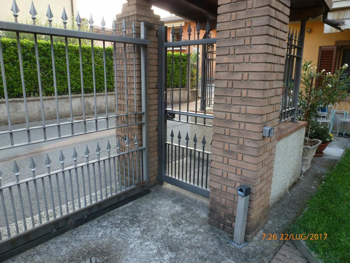 Come montare un cancello automatico - Punto Luce