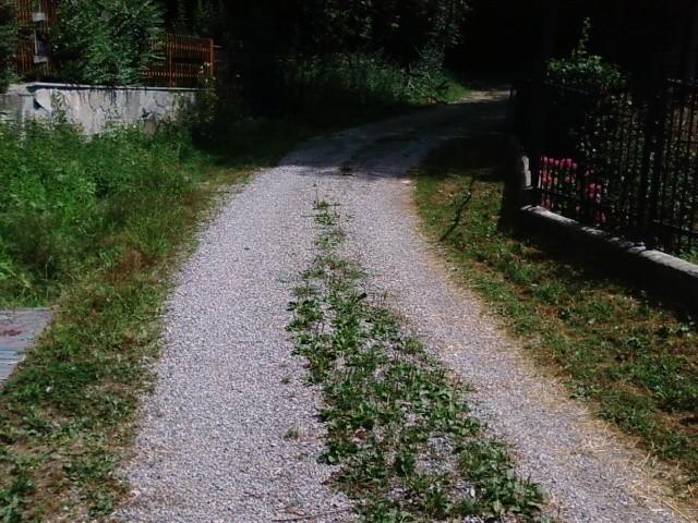 Asfaltare strada privata costo confortevole soggiorno for Strada privata