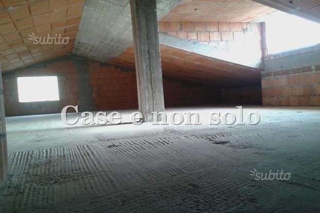 Completare la costruzione di una casa al grezzo a castello for Costo di costruzione casa