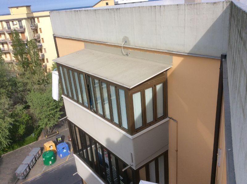 Preventivo finestre a abruzzo online infissi e serramenti for Infissi balcone