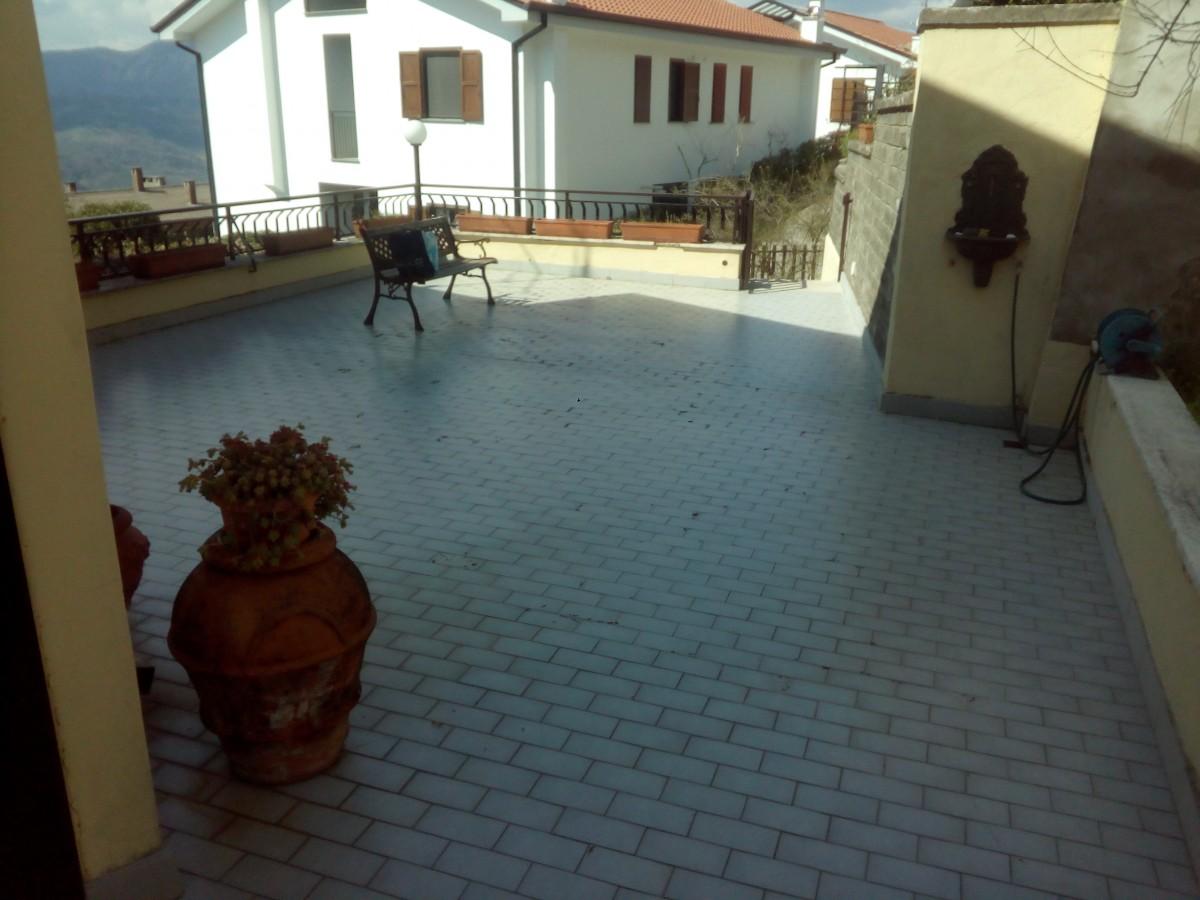 Pavimentazione + impermeabilizzazione terrazzo a Olevano Romano ...