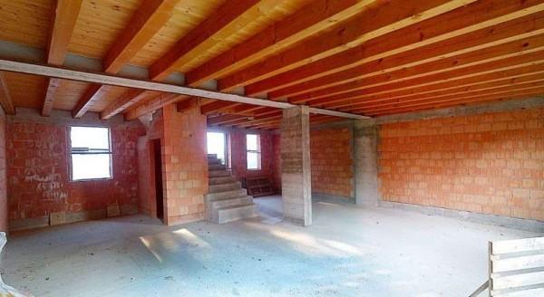 Costruzione al grezzo a treviso - Prezzo costruzione casa ...