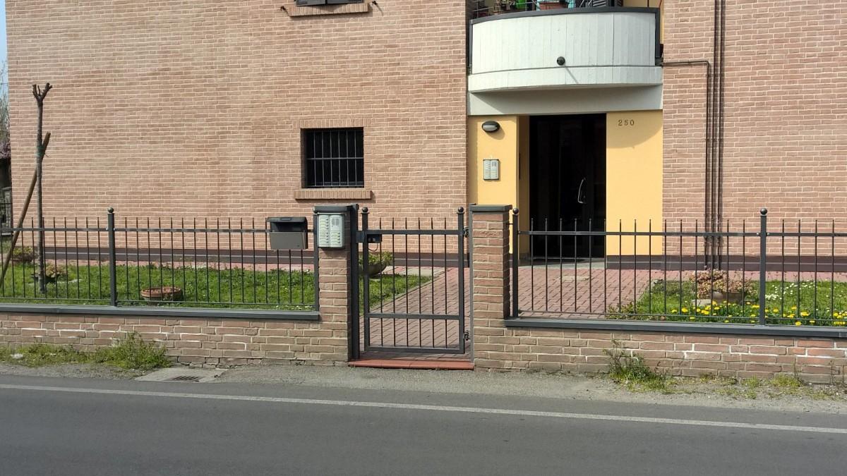 Preventivo recinzione a taranto online esterni for Disegni cortile anteriore per semplice casa ranch