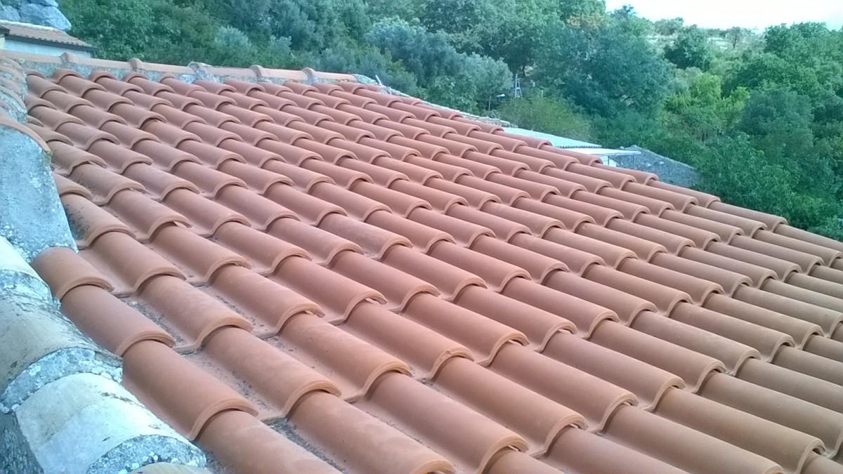 Rifacimento del tetto + tegole a Staiti (Reggio Calabria ...